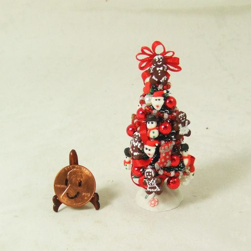 "Dollhouse Xmas Tree #19 1/24 or 1/48 - 2 3/4"" tall"