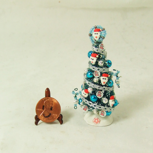 "Dollhouse Xmas Tree #20 1/24 or 1/48 - 2 3/4"" tall"